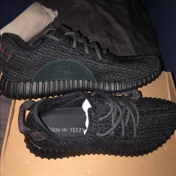 newest collection 29f58 46bfb Yeezy boost 350 v2 pirate black